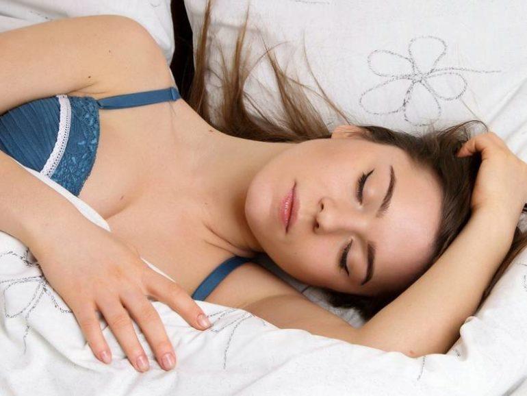 Спите больше днем для крепкого здоровья