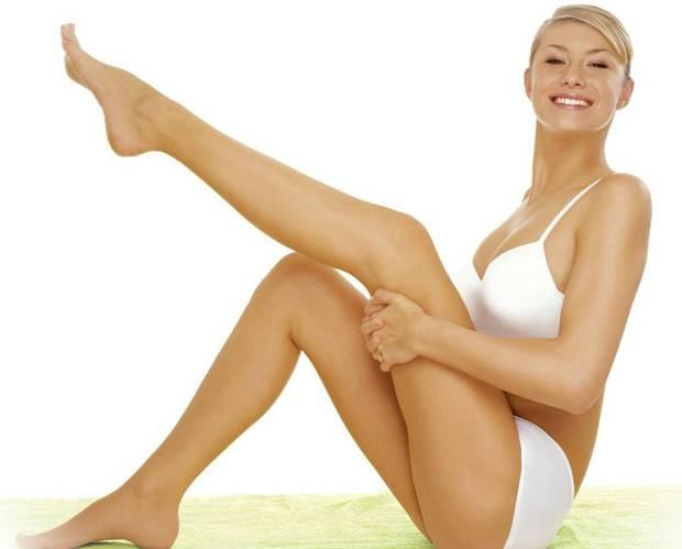 Здоровые ноги у девушки